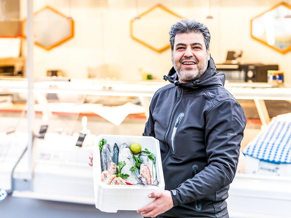 """Neue Markthändler: """"Fish & Hashu"""" und """"German Ade"""""""